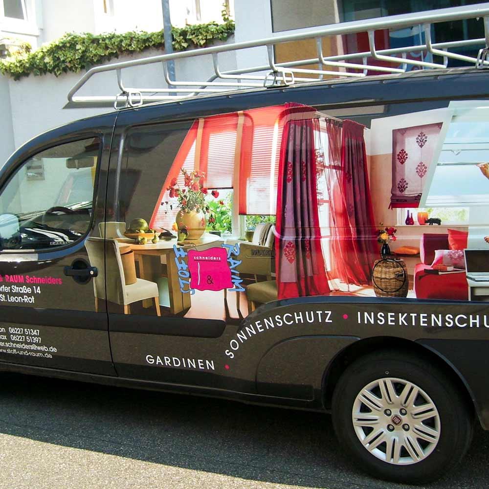 Kastenwagen Beschriftung für Stoff & Raum Schneiders