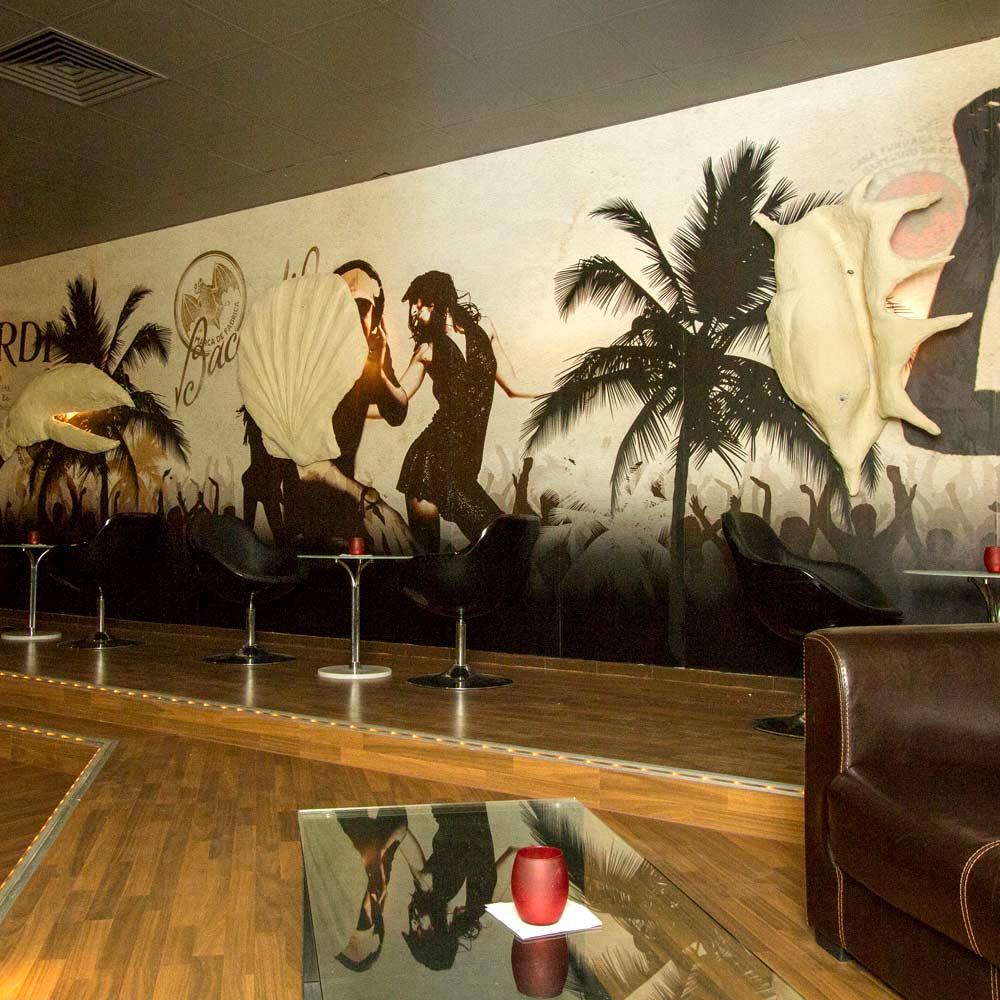 Fototapeten Bacardi für die Wände einer Bar